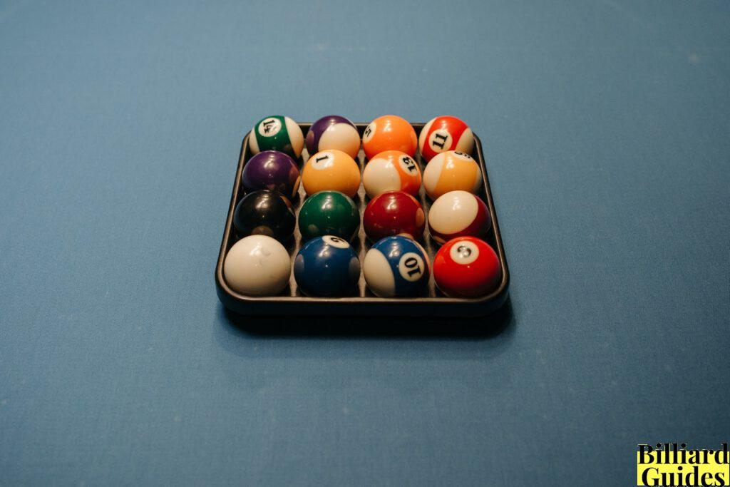 how to Clean Billiard Balls at home